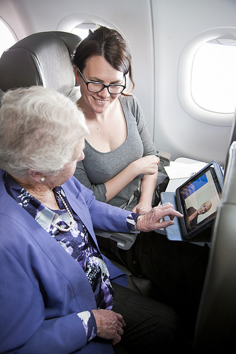 tablet adoption provides aviaiton marketers with new ways to connect